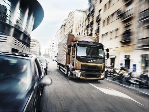 Volvo lastvagnar lanserar Euro 6-motorer godkända för 100% RME (biodiesel)