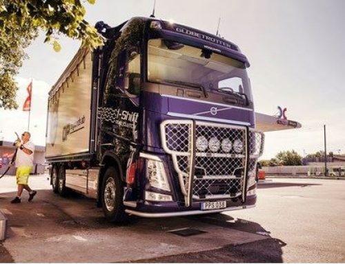 Volvo lastvagnar upplever stort intresse för HVO – nu behövs rätt pris och en ökad produktionsvolym